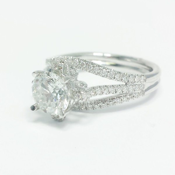 14k White Gold Diamond Semi Mount Engagement Ring 0.38 CTW w Round Display Solitaire